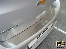 NataNiko Накладка на задний бампер Chevrolet Cruze 4D 2008-2014