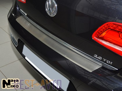 NataNiko Накладка с загибом на бампер Ford Focus III 4D 2011-